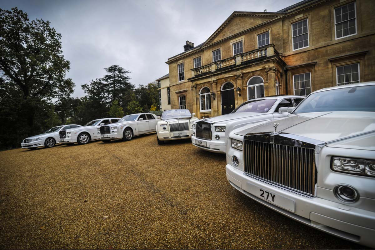 Compare hire prices on Wedding Cars